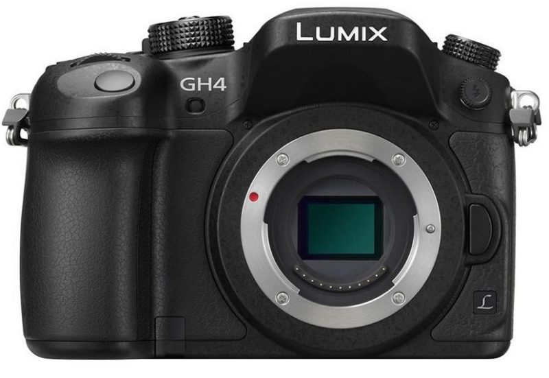 Panasonic Lumix GH4 (3x baterie, karta)